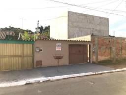 Casa para alugar com 2 dormitórios em Jardim canadá, Aparecida de goiânia cod:CR2717
