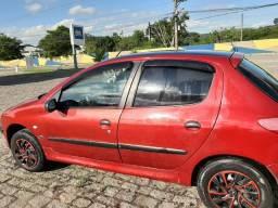 Vende-se carro - pegeout 206 - 04 portas -r$10.100 - 2002