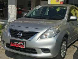 Nissan Versa SV 1.6 Flexstart 4p Mec 2013/2013