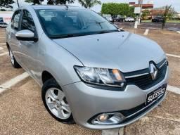 Renault / Novo Logan Dynamique 1.6 Flex (Completo)