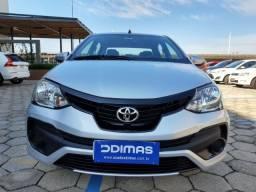 Toyota Etios X Sedan 1.5 2019