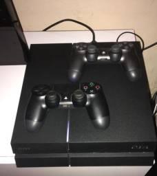 Vendo PlayStation 4 500gb HD estado de novo PS4 !