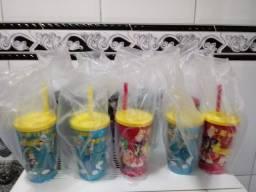 Copos Plásticos do Chaves 300ml & 500ml.