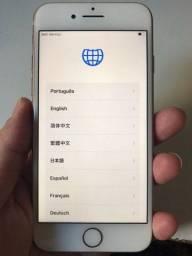 Título do anúncio: iPhone 8 64GB dourado <br>