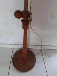 Abajur antigo pedestal de madeira