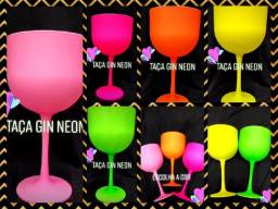 Taça de gin neon fosco personalizada