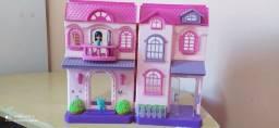 Casinha de boneca infantil.