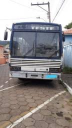 Ônibus Mercedes 1115