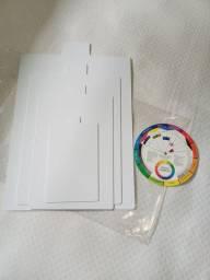 Kit de gabarito para dobrar roupas e círculo cromático