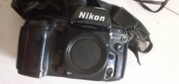 Câmera Nikon N90 filme
