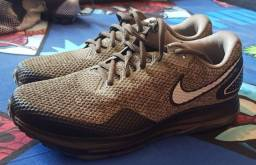 Nike zoom all out 40BR