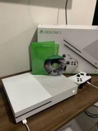 Xbox One s 1tb +  controle originsl sem fio
