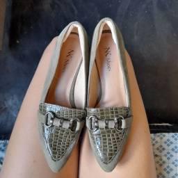 Vendo este sapato