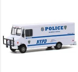 Título do anúncio: Miniatura Van Polícia NYPD Greenlight