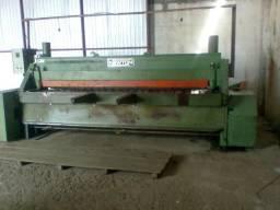 Máquina Guilhotina Newton 3000x1/4 - Em funcionamento