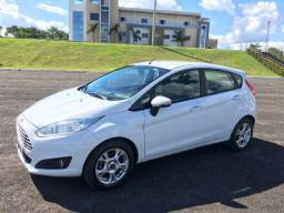 Ford New Fiesta Se 1.5 Hatch - 2014