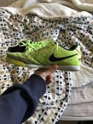 Tênis de futsal nike