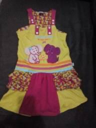 Lindo vestido Tam 6 anos