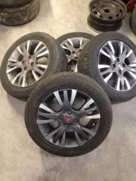 Jogo de rodas Fiat aro 15 com pneus seminovos