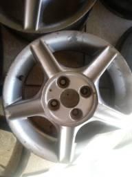 Vendo ou troco roda aro 13 da no celta no corsa ou classic