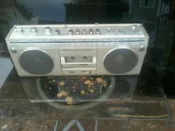 Rádio antigo