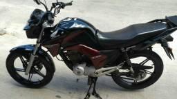 Compro moto Honda ou Yamaha com partida. 150cc - 2010