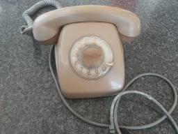 Vendo 2 telefones antigos perfeito estado!
