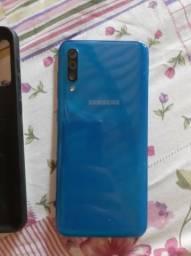 Samsung A50 com a tela trincada!