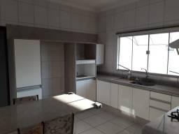 Vende-se Casa em Sinop - MT