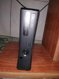 Xbox 360 4 GB e Kinect