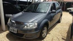 Renault Logan Authentique hi-flex 1.0 - 2011