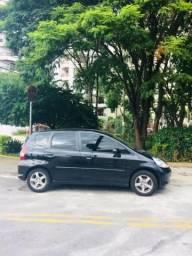 Vendo Honda Fit 2008, cor preta, modelo LXL, 5p, ac, automático, único dono - 2008