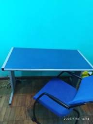Mesa + Cadeira