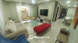 Casa duplex de condomínio com 500m de área e 4 suites