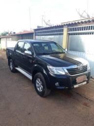 Toyota Hilux 2012/12 2.7 flex vendo ou troco por onix 1.4 gol ou Voyage g6 1.6 - 2012