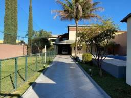 Casa na Vicente Pires bem localizada, com mini campo de futebol