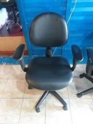 Cadeiras giratórias c braço