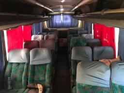 Microonbus comil 28 lugares