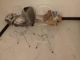 2 cadeiras eames acrílico