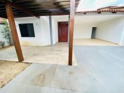 Casa de 5 quartos sendo 1 suíte Qd. 406 Norte
