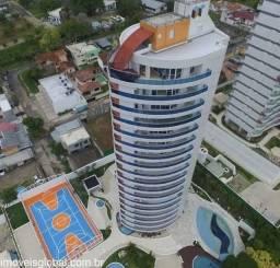Apto com 300m² com 05 Suítes na Rua Maceió - Adrianópolis