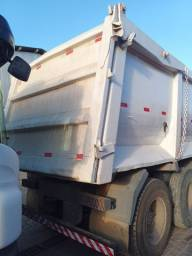 Cacamba meia cana pra truck e bi-truck