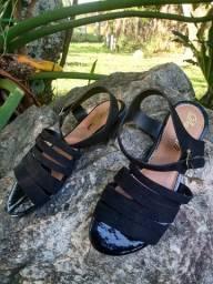 Sandálias rasteirinha feminina