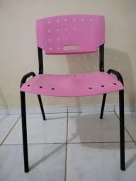 Título do anúncio: Cadeira super conservada