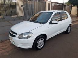 GM Celta 1.0 LT Completo-2013-Financio