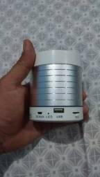 Vendo uma caixinha de som RS 60 reais
