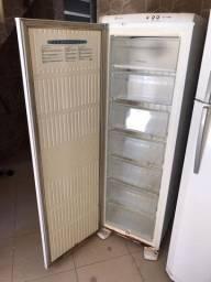 Freezer Eletrolux usado