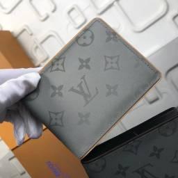 Título do anúncio: Carteira Louis Vuitton refletiva grande cinza