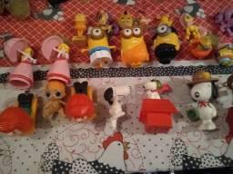 Título do anúncio: Vendo lote de brinquedo 33 peças