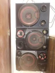 03 caixas de som LG xsom 2900 w